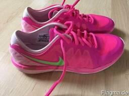 Брендовая новая обувь Nike из Германии.