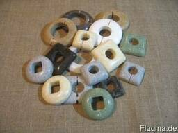 Декоративные накладки на трубы (искусственный камень).