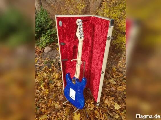 Fender Custom Shop 2018 LTD 1957 Strat Heavy Relic E-Gitarre