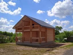 Настоящий деревянный дом из бревна (сруб)